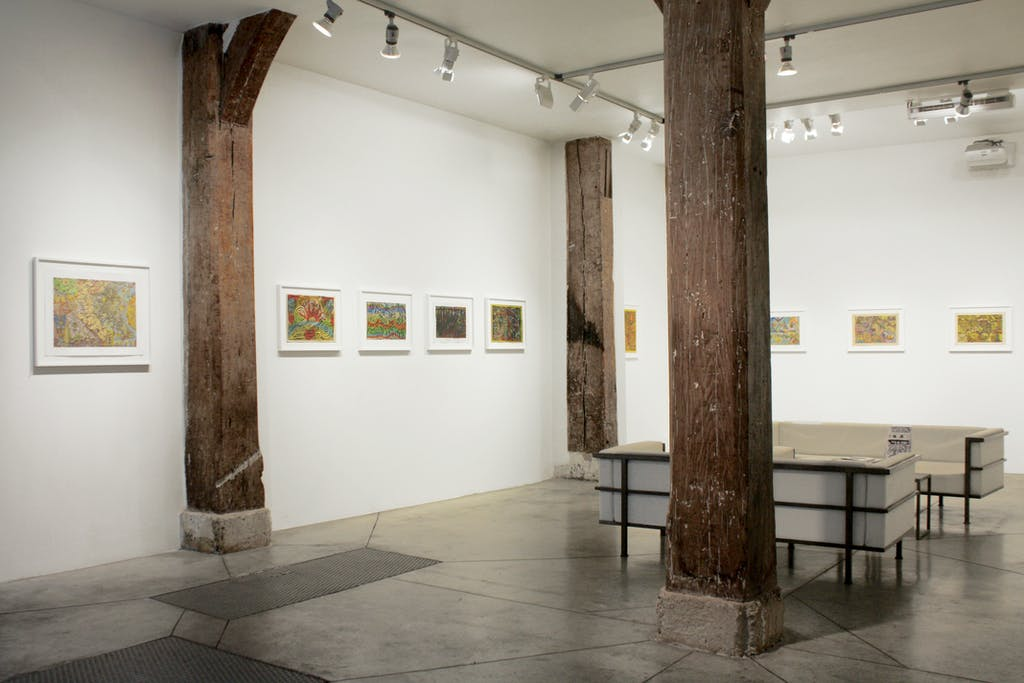 Vue de l'exposition *Alexandro Garcia : no estamos solos II*, christian berst art brut, Paris, 2016. - © christian berst art brut, christian berst — art brut