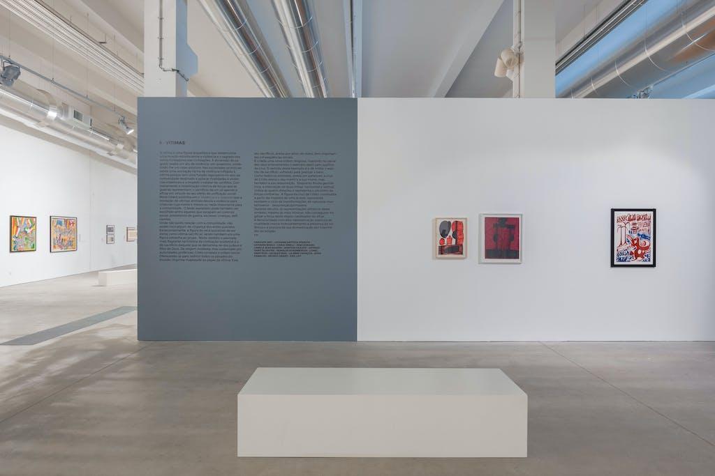 exhibition view of *historias de violencia*, curator : gustavo giacosa, oliva creative factory, sao joao da madeira, portugal, 2018. - © oliva creative factory, christian berst — art brut