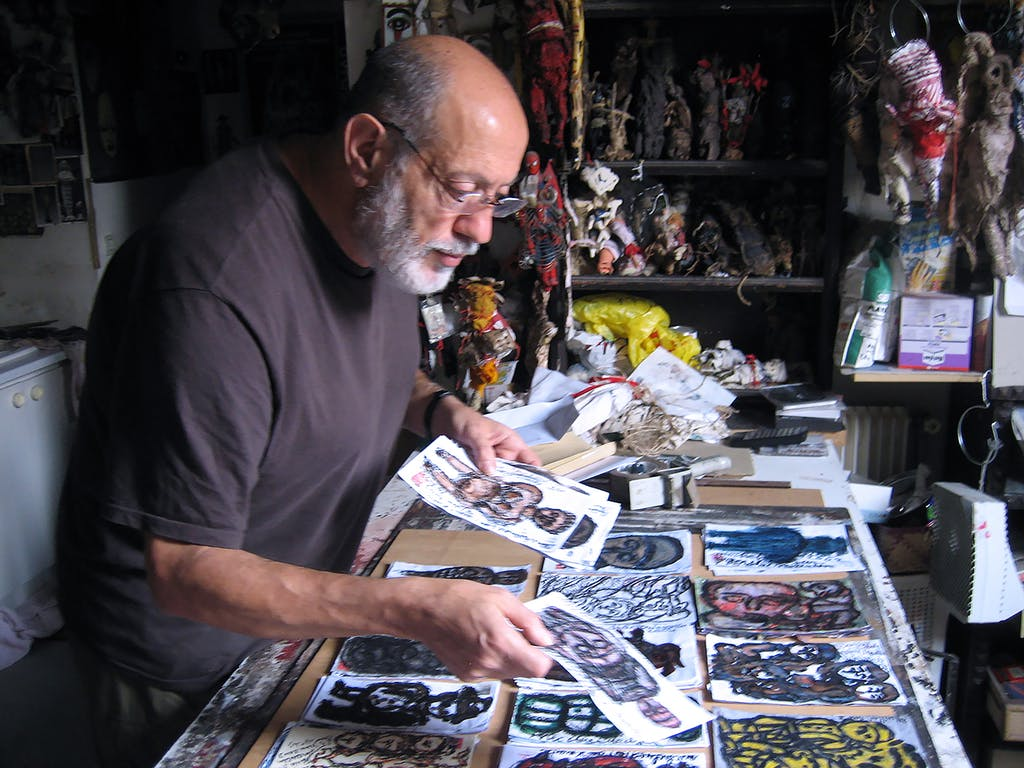 Michel Nedjar in his workshop - © christian berst — art brut
