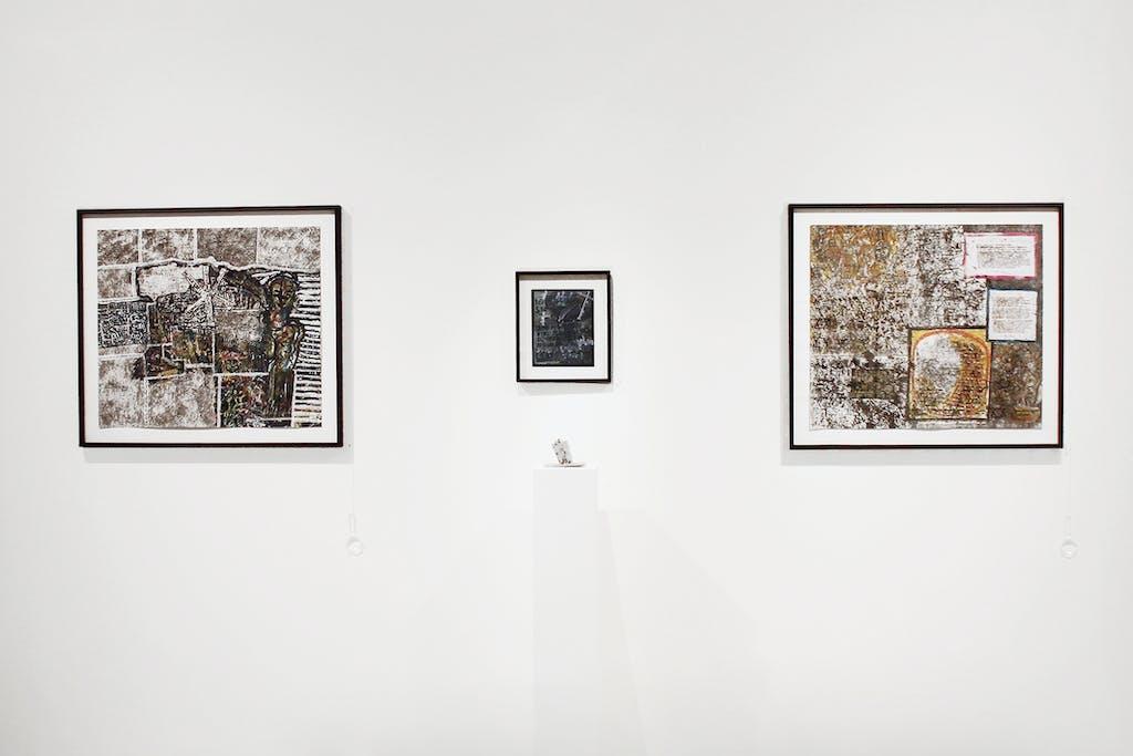 Exibition view of *Peter Kapeller : the blackening*, christian berst art brut, Paris, 2015. - © christian berst art brut, christian berst — art brut