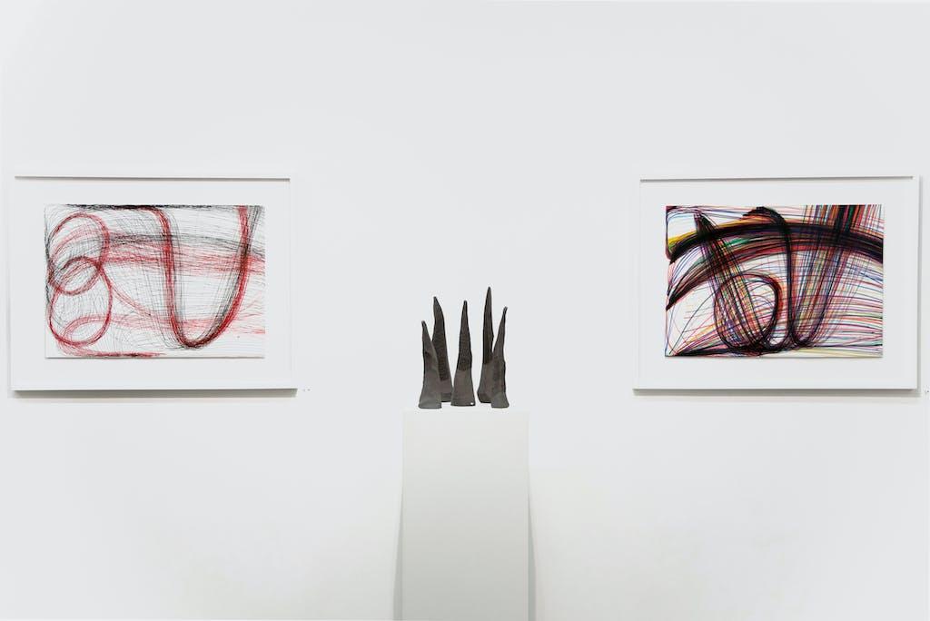 vue de l'exposition  *japon brut : la lune, le soleil, yamanami*, christian berst art brut, paris, 2019. - © elena groud, christian berst — art brut